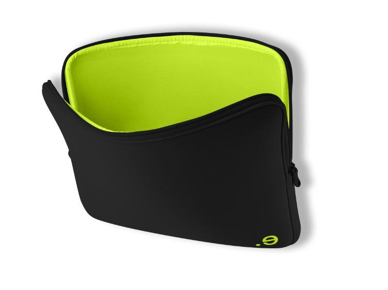 Чехол LArobe MBP 17 черно-зеленый для MacBook Pro 17.