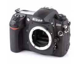 Цифровой фотоаппарат зеркальный  Nikon D200 Body